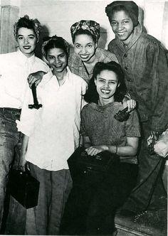 World War II women workers, 1940s, such beautiful young women #WorldWar2