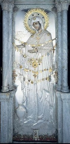 """full body length Icon of The Mother of God, Theotokos/Θεοτόκος, Gerontissa/Γερόντισσα at Pantokratoras Monastery The Holy Mountain of Athos Greece"""