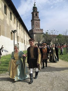 Lombardy's Valle del Ticino Nature Park - A historic re-enactment at the Vigevano Castle #parks #lombardy http://lombardiaparchi.proedi.it/parchi-fluviali-2/parco-naturale-lombardo-della-valle-del-ticino/?lang=en