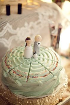 More wedding cakes should have sprinkles on them!