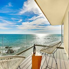 Soulmate24.com Las Flores Beach, Malibu #california #cali. Hit like and let… #mansionhomes #luxo #luxury #luxuryhome #realestate Mens Style