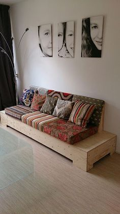 Diy Couch, Diy Furniture Couch, Home Decor Furniture, Pallet Furniture, Home Decor Bedroom, Diy Home Decor, Bedroom Sofa, House Furniture Design, Home Room Design