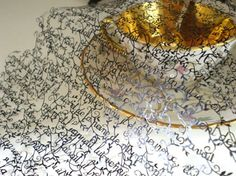Can't imagine it's made of paper. Hina Aoyama  artwork is so delicate and beautiful!