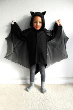 Kostüme für Kinder - Fledermaus 4-5 Jahre, Kinder Kostüm,Vampir, batman - ein Designerstück von maii-berlin bei DaWanda