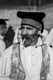Résultat d'images pour abito tradizionale di selargius