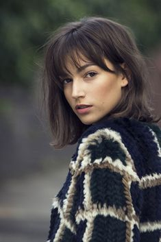 Womens haircuts with bangs 2019 new best hairstyle Womens Hairstyles With Cute Short Haircuts, Haircuts With Bangs, Straight Hairstyles, Fringe Hairstyles, Ladies Hairstyles, Haircut Short, Midi Haircut, Haircut Bangs, Wedding Hairstyles