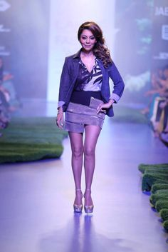 Showstoppers4-Lakme-Fashion-Week-2015 width=