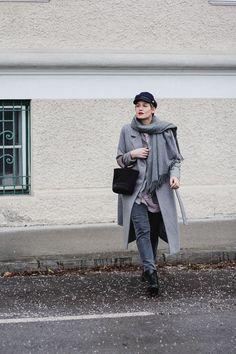 tifmys – Coat: Minimum | Blazer: Mango | Dress: Zara | Jeans: Closed | Boots: Edited | Hat: H&M | Bag: Simon Miller | Scarf: Acne Studios