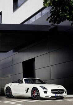 2013 SLS AMG GT Mercedes-Benz