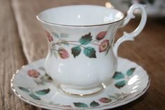 Richmond vintage teacup and saucer strawberry door HomiArticles