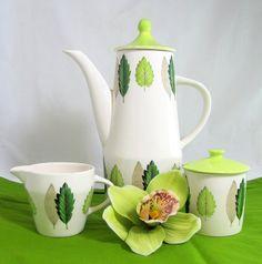 Midmod Lime Coffee Set, Retro Mid Century Modern Elegant 1950s Palissy Lime Grove Charteuse Green Coffee Pot Creamer & Lidded Sugar Set