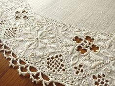 $125.00 AUTHENTIC Antique LEFKARA LACE EMBROIDERY Centerpiece 24x32 Tablecloth CYPRUS