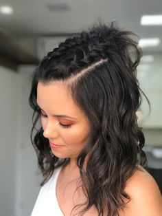 Projeto Along Hair – Recupere em 30 dias Short Hair Styles Easy, Medium Hair Styles, Curly Hair Styles, Natural Hair Styles, Mohawk Braid Styles, Blonde Hair Looks, Brown Blonde Hair, Braided Hairstyles, Cool Hairstyles