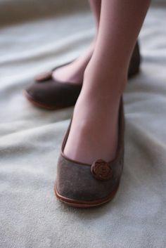 Modern Romance - Handmade Leather flat shoes