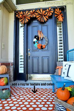 5 Tips to Creating a Beautiful Fall Porch -- Tatertots and Jello #DIY #Fall
