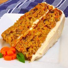 16 Even Better Carrot Cake Recipes Bakery Recipes, Dessert Recipes, Cooking Recipes, Ina Garten Carrot Cake, Tuna Cakes, Cold Cake, Best Carrot Cake, Skinny Mom, Salty Cake