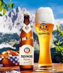 Jogurtovo pivo - ubraja se u skupinu kiselkastih piva. Proizvodi se od jecmenog i pšenicnog slada uz primjenu kvasca i jedne mlijecno-kisele bakterije (Lactobacillus bulgaricus). Okus mu je vrlo slican berlinskom bijelom pivu (Weissbier).