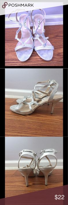 Silver heels Silver straps heels. Perfect for dressing up to any formal occasion. Shoes Heels