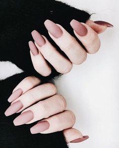 Long pink mani.