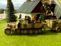 Sd. Kfz. 7 mit Vierlingsflak und Munitionsanhänger, Ostfront 1944. 1/72 Revell