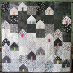 black, white & grey house quilt
