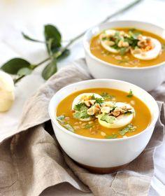 Heb jij aan het eind van de winter ook zin in soep? Hier vind je 't recept voor zoete aardappel kerriesoep, met een Oosters tintje en natuurlijk gezond!