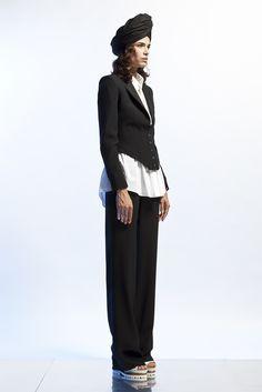 Sfilata Jean Paul Gaultier Paris - Pre-collezioni Primavera Estate 2013 - Vogue