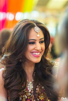 Mehendi Makeup and Hair | Roshni + Rohan | Indian Wedding Blog | Think Shaadi