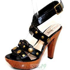 Caitlyn-14 Black Qupid Platform Sandals
