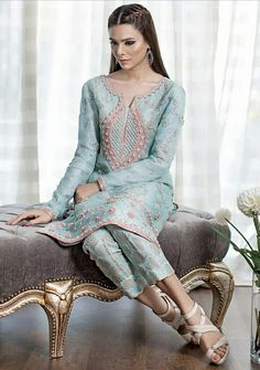 Sana abbas #designer #pakistanifashion # pakistani #desi #wedding #luxury #lux #beautiful #model #fashion #chic #weddinginspiration