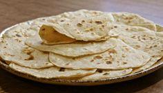 Galettes pour Wraps facile à réaliser rapidement, des savoureux wraps légers à garnir selon vos envies, des crudités, du jambon de la tapenade ou du poulet.
