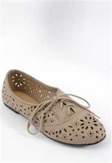 City Classified Floral Cut-Out Oxford BETTY-S in Clay