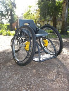 The All-Mountain Wheelchair by Francisco Lupin combines the qualities of a common wheelchair with a sport chair, providing comfort, mobility and additional support for the adventurous wheelchair user.