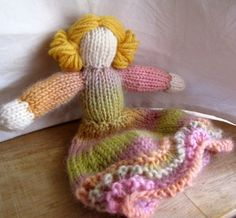 WALDORF KNITTING PATTERN- Waldorf  Doll- With or Without Legs. $6.00, via Etsy.