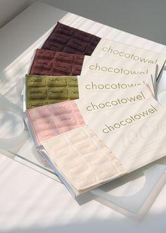 chocotowel 板チョコハンカチ。今治なんですって。