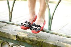 Flowered flats! #lauracomolli #pursesandi #fashion #fashionblogger #style #outfit #look #red #flats #feet #turin #ss2013 #spring #happy #girl #cute #beauty #beautiful #bagllerina www.pursesandi.net
