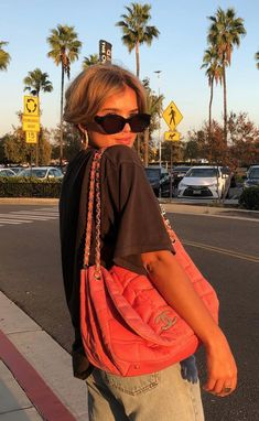 Pink Chanel bag + How Matilda Djerf Channels The Iconic Brigitte Bardot Style School Looks, Brigitte Bardot, Matilda, Mode Style, Style Me, Outfit Style, Mode Ootd, Fashion Outfits, Womens Fashion