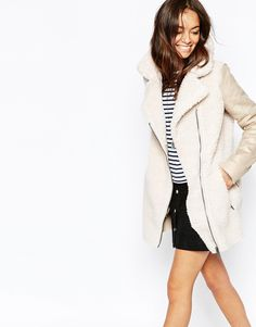 Buy Only Faux Shearling Biker Jacket at ASOS. Get the latest trends with ASOS now. Winter Coats Women, Coats For Women, White Motorcycle, Trendy Outfits, Fashion Outfits, Fashion Trends, Faux Shearling Jacket, Blazer, Fashion Boutique