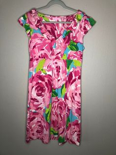 Lilly Pulitzer Clare Dress Hotty Pink First Impressions LARGE Rose Ruffles Silk. Condition is Pre-owned. Shipped with USPS First Class Package. Cute Clothes For Women, Necklines For Dresses, Blue V, Everyday Dresses, Large Size Dresses, Beach Dresses, Lilly Pulitzer, Cute Outfits, Gift Ideas