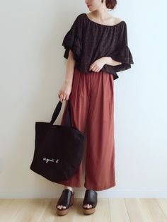 秋色コーデ🍁 Midi Skirt, Skirts, Summer, How To Wear, Pants, Style, Fashion, Trouser Pants, Moda
