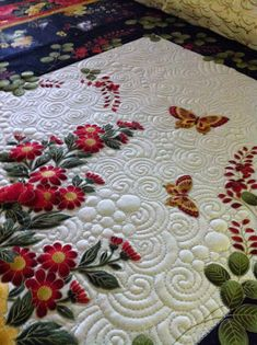 Krista Withers Quilting #quilt #quilting #longarm #machinequilting #tinlizzie18: