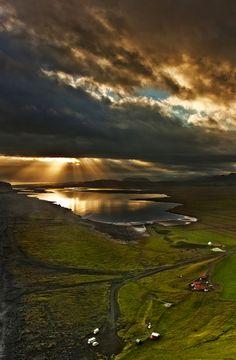 Iceland - amazing story about beauty by Patrycja Makowska