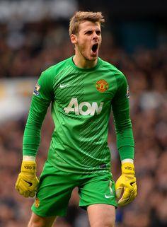 @manutd's David De Gea roars his approval after Wayne Rooney's equaliser against Tottenham in 2013.