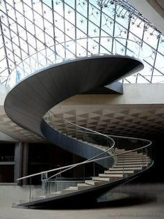 Louvre staircase by blacklightinside Luxury Staircase, Staircase Railings, Curved Staircase, Modern Staircase, Stairways, Spiral Stairs Design, Staircase Design, Stairs Architecture, Modern Architecture