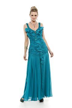 Vestido longo com alças bordadas e corpo drapeado com babados. Cod. 101551