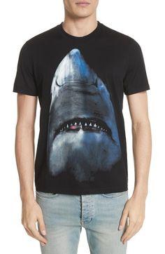 GIVENCHY SHARK T-SHIRT. #givenchy #cloth #