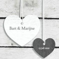 #Trouwkaart hangende #harten #hout @kaartje2go