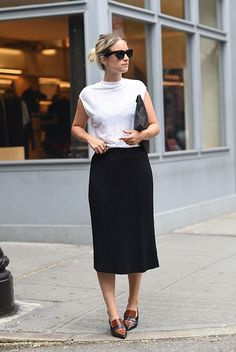 White high neck T, black midi skirt, smart flats, clutch | HOW TO GET DRESSED IN 5 MINUTES FLAT - The Road