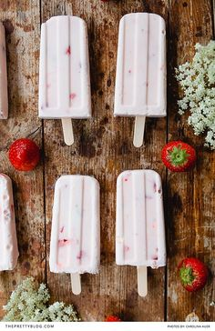 Retro Strawberry Popsicles Free Recipe   Recipe and Photograph by Carolina Auer   https://www.theprettyblog.com/food/strawberry-buttermilk-ice-cream/