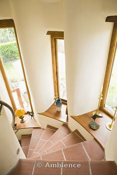 The Cob House, Devon... so nice!   >love the oversized window sills that you can decorate!
